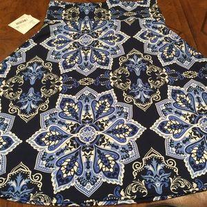 BNWT LuLaRoe Azzure Skirt XL Blue Hues